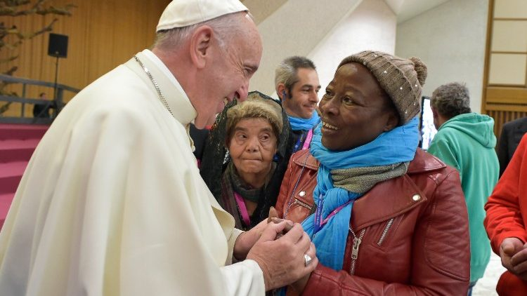 Roma, com o Fundo do Papa, 2.500 pessoas ajudadas a sair da pobreza e solidão